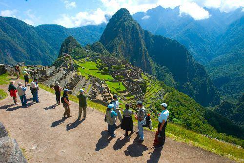 Mapi - Peru: Machu Picchu shines in National Geographic cover