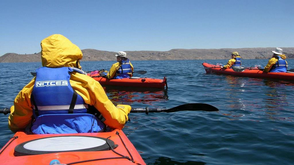 FEATURED HD KAYAK ADVENTURE IN LAKE TITICACA 1024x576 - GASTRONOMÍA Y CULTURA
