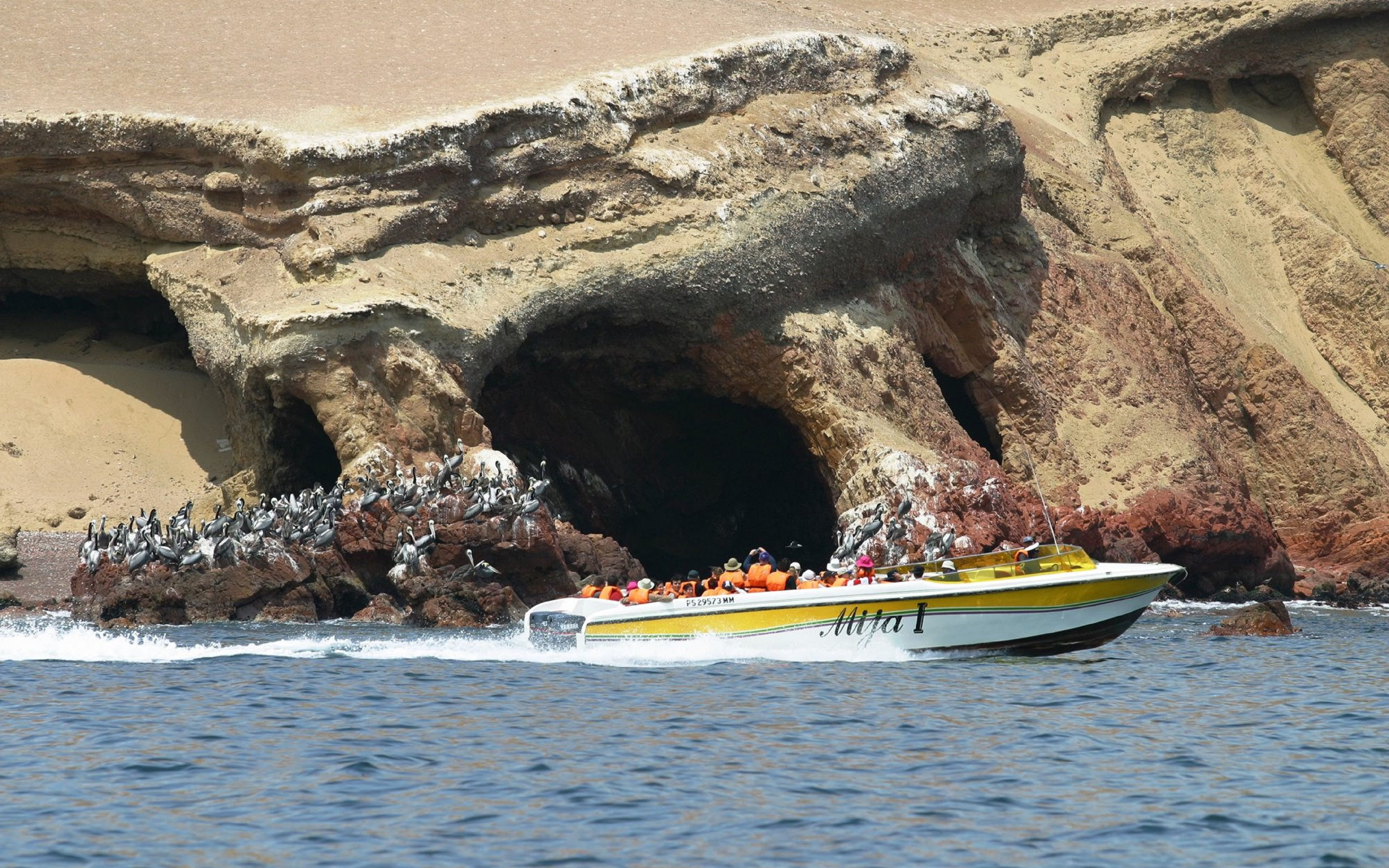FEATURED PARACAS - Paracas & Islas Ballestas
