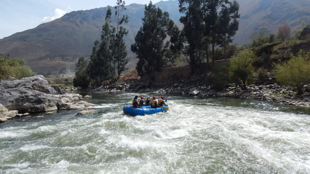 FEATURED RAFTING IN OLLANTAYTAMBO SECTION 3 1024x576 - DEEP MULTISPORT WITH MACHU PICCHU